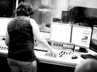 Zajęcia z dziennikarstwa radiowego - fot. Ania Zakrzewska, _dsc1143a